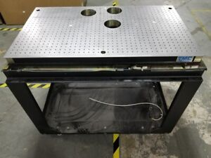Tmc Cleantop Optical Breadboard Steel Top Vibration Isolation Table 40 X 23