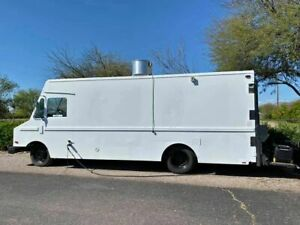 24 Oshkosh Mt40 Diesel Step Van Food Truck Awesome Mobile Kitchen For Sale In