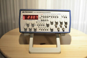 Bk Precision Model 4040a 20mhz Sweep Function Generator