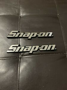 Snap On Tool Box Badge Set Chrome Lot Of 2