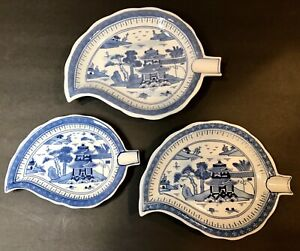 Set Of 3 Chinese Export Canton Blue And White Leaf Dishes Excellent