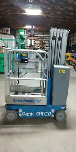2010 Genie Gr20 Vertical Lift Scissor Lift Man Lift Man Basket