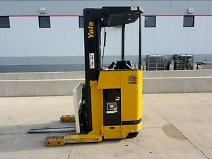 2004 Yale Nr040aens24te091 Electric Reach Truck Narrow Aisle Forklift