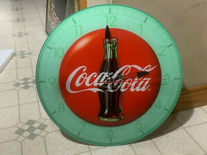 VINTAGE LOOK COCA COLA CLOCK THE COCA COLA COMPANY GLASS COCA COLA BOTTLE CLOCK