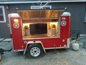 2009 5 X 9 Wells Cargo Mobile Pub Beer Keg Tailgating Concession Trailer F