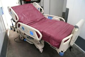 Hill rom P1900 Total Care Sport Icu Med Surg Electric Hospital Bed