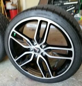 Chevrolet Corvette C7 19 20 Oem Wheels Tires From 2019 C7 W Less Than 110 Mi