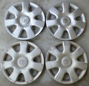 Toyota Camry 2002 06 Hubcaps Set Of 4 Silver Oem Parts Used Nice