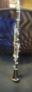 VINTAGE LEBLANC NORMANDY CLARINET WITH CASE NEEDS CLEANED WORKS
