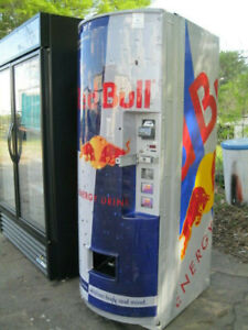 Royal 372 Red Bull Soda Vending Machine 1 5 And Credit Card Capable