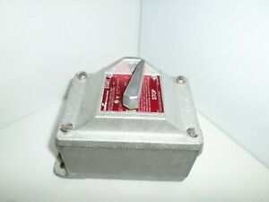 new Crouse Hinds Efdc2419 Explosion Proof 3 Pole Switch 30 Amp Rated 480v 3 4