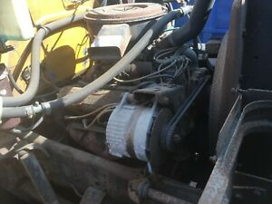 International Harvester Sv304 V8 Engine With 4 Speed Transmission Complete Ih