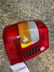 Tail Light Assembly Jeep Grand Cherokee Right 99 00 01 02 03