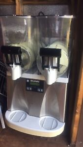 Bunn Ultra 2 Hp Frozen Drink Machine White stainless Used As Is