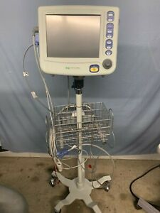Criticare Ngenuity 8100ep Patient Vitals Monitor W Printer Cables Cart