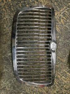 Aftermarket Chrome Bentley Style Grille Chrysler 300 05 06 07 08 09 10