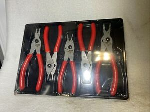 Snap On Tools Five Piece Snap Ring Retaining Ringpliers Set