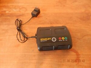 Stanley P2g7ks Simple Start Lithium Battery Booster Jump Starter Portable Charge