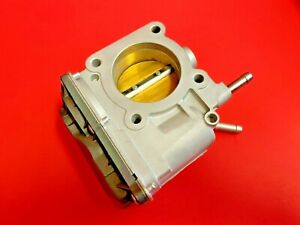 Fuel Injection Throttle Body For Toyotacorolla Matrix Pontiacvibe 1 8l 04 08