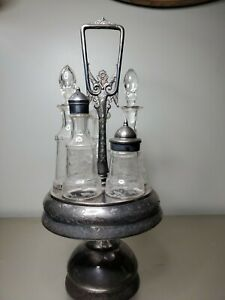 Antique Wm Rogers Silverplate Cruet Condiment Set Caddy With Etched Glassed