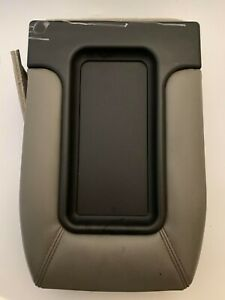 99 06 Silverado Sierra Jump Seat Center Console Armrest Cover Lid Leather Gray