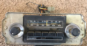 1979 Ford Am fm Stereo Radio D9af 19a179 ba Knobs Untested W Speaker