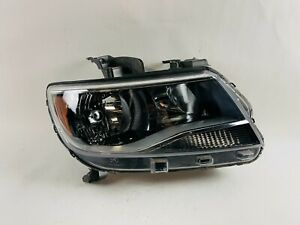 2015 2016 2017 2018 2019 2020 Chevy Colorado Right Headlight Oem
