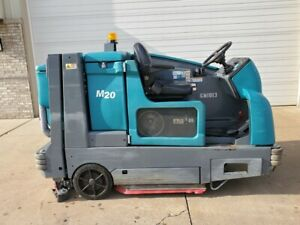 2012 Tennant M20 Lpg Sweeper Scrubber Ride on Floor Cleaner
