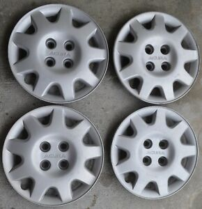 Acura Integra Oem Hubcaps 14 1993 2001 Set Of Four Silver Wheel Covers