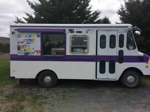 19 Chevrolet P30 Step Van Ice Cream Truck Mobile Ice Cream Unit For Sale In P