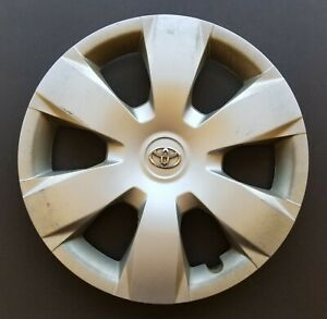 One Wheel Cover Hubcap 2007 2011 Toyota Camry 16 Silver 61137 Used
