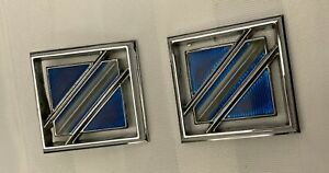 1981 1987 Buick Regal Sail Panel Roof Emblem Badge Oem Gm Pair 20220594