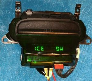 Genuine Ford F150 Overhead Console Display Compass Thermometer Computer 97 03