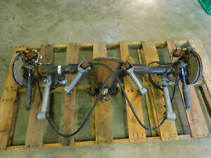 98 Ford Mustang Cobra V8 8 8 Rearend Axle Assembly 3 27 Gear 94 95 96 97 D60