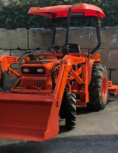 Kubota B8200 Tractor Loader Mower And Backhoe Fully Restored Mint Condition