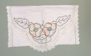 Arts And Craft Linen Runner With Embroidered Dogwood Design