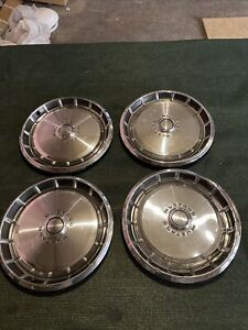 Vintage Matching Set Of 4 Mustang Hubcaps 14