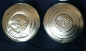 2 used Diamond T 630 720 990 big Truck Front Hubcaps Rig Semi Fire Apparatus