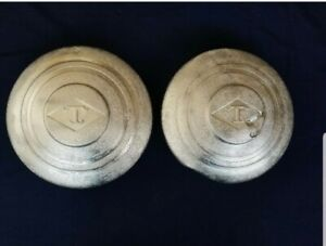 2 used Diamond T Truck Hubcaps For 20 Wheels 201 306 404 509 614