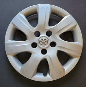 One Wheel Cover Hubcap 2010 2011 Toyota Camry Silver Oem 61155 Used