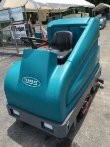 Tennant T15 Ride On Scrubber sweeper Low Hours Free Ship Onsite Warranty