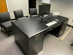 Office Desk And Credenza local Pick Up 49085 Only