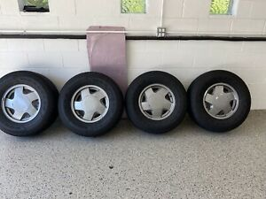 1 Goodyear Wrangler All Season 265 70r16 Chevy Tahoe Set Of 4tires Rims
