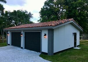 Detached Garage With Structural Insulated Panels