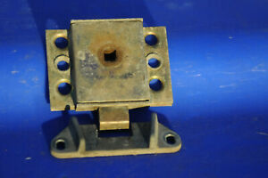 Triumph Spitfire 1500 Trunk Lock And Guide Plate