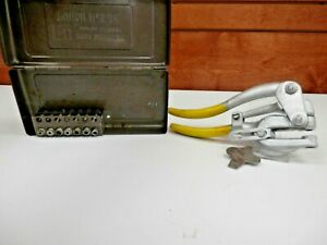 Vintage Whitney No 5 Jr Hand Punch Complete W Dies Case Made In Usa