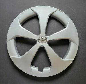 One Wheel Cover Hubcap For 2012 2015 Toyota Prius 15 Silver Oem 61167 Used