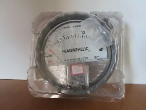 Dwyer Magnehelic 4 Differential Pressure Gauge 0 15 Inches Of Water Model 2015