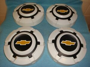Vintage Chevy Truck Hubcaps 10 1 2 Inch