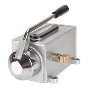 Manual Lubricating Oil Pump Double Outlet Port Hand Lubrication 500cc 8ml Min
